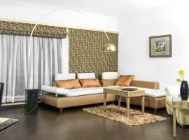 Hotel photo: Apartment with Wi-Fi in Ahemdabad, by GuestHouser 8248