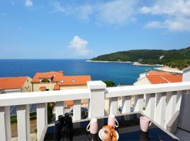 Hotel photo: Sea View Luxury Apartments, ALA DA