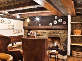 A picture of the hotel: Hostal Cisco de Sans