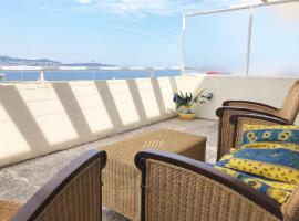 Hotel photo: Cozy Flat on the last floor with Sea View and Big terrace