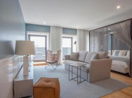 A picture of the hotel: Liiiving in Porto | Downtown Luxury Studio