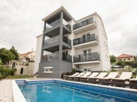 Hotel photo: Luxury apartment Paradise