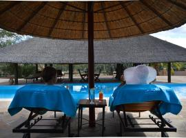 Hotel photo: Onduruquea Lodge Omaruru