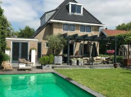 A picture of the hotel: Pool villa near Amsterdam