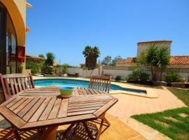 Hotel photo: Villa con piscina privada - Benicolada