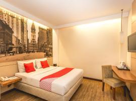 Hotel Photo: OYO 110 Feodora Hotel