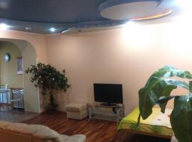 Hotel photo: Студия посуточно или почасово Донецк, Артёма 104а