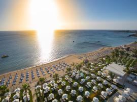Hotel photo: Constantinos the Great Beach Hotel