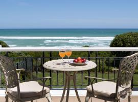 Hotel photo: Sandals Beach Villa