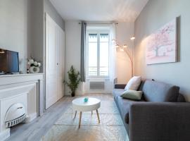 A picture of the hotel: Macé Studio Apartment