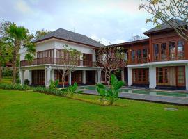 Fotos de Hotel: Kayumera Villa Jimbaran