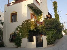 Hotel photo: Romanza Studios 2
