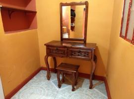 Hotel photo: Patzcuaro Rooms 40