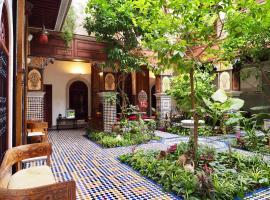 Hotel photo: Riad Toyour- Riad of birds