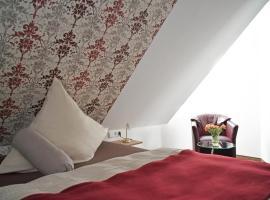 Hotel Photo: Hotel Zur Eisenbahn