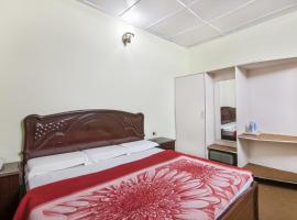 Hotel photo: Boutique room in Dalhousie, by GuestHouser 8820