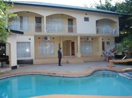 A picture of the hotel: Chapa Classic Lodge Nehru Way