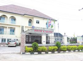 Hotel photo: Royal Charlin Hotel and Suites