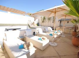 Hotel photo: Riad Adore