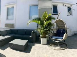 Hotel photo: One Bedroom Modern Apt in Calle Loiza CL1503-21