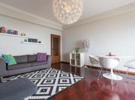 A picture of the hotel: Feels Like Home Oeiras Sea View Apartment