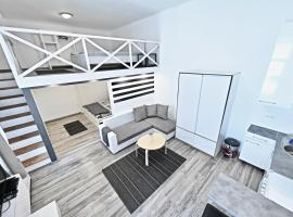 Фотографія готелю: Modern Sailor Apartment in the Downtown
