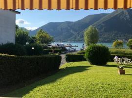 Hotel photo: Casa al lago