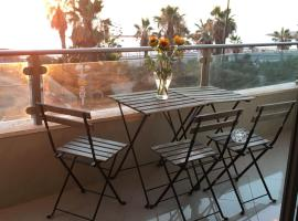 Hotel photo: Sea View Apartment Prime Location On The Beach