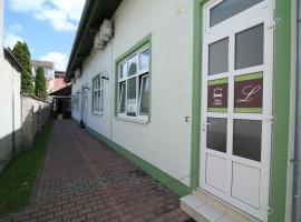 A picture of the hotel: Triple Room Osijek 15994a