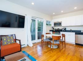 A picture of the hotel: Stayloom's O'Henry Hideaway | Southie