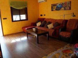 Hotel Photo: Casa con plaza de garage muy cerca de la playa