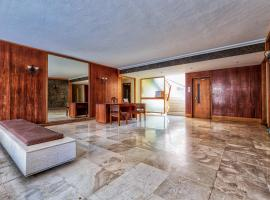 A picture of the hotel: Athenian Coast Studio