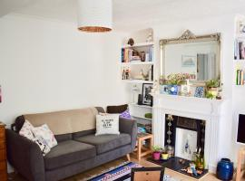 Hotel fotoğraf: Cosy 1 Bedroom Basement Flat In Hove