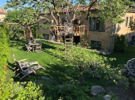 Hotel photo: Green Garden City Villa