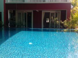 Hotel photo: Apartment with pool in Candolim, Goa, by GuestHouser 62354