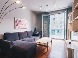 Hotel Photo: Isozaki Apartment by People Rentals