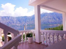 A picture of the hotel: Apartmani Tajana