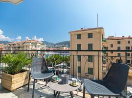 A picture of the hotel: AC & Amazing-Romantic view on the Port of NICE