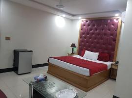 Hotel near לאהור