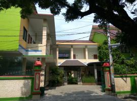 Фотография гостиницы: Hotel Mawar Indah