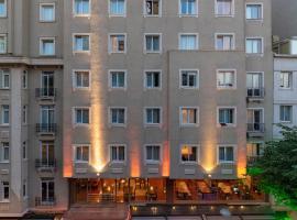 Hotel Photo: Lion Hotel