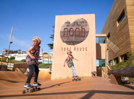 Hotel photo: Noah Surf House Portugal