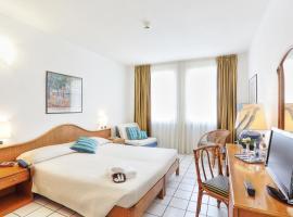Hotel Photo: Hotel Yacht Club