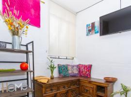 Hotel photo: Bohemian & Cozy flat in the heart of Antigua