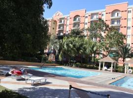 Hotel photo: Chateau Elysee Condominiums 6D410