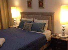 Hotel Photo: Elegant 5*****City Center Apartment in the Ladadika