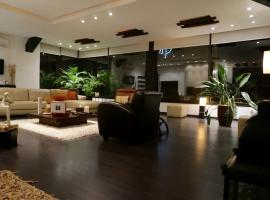 Hotel photo: Spectacular Penthouse with rooftop garden
