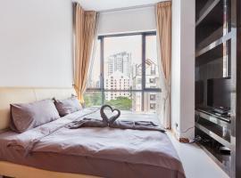 Hotel photo: Riverfront Condo