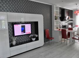 A picture of the hotel: Apartment on Malaya Troitskaya 13