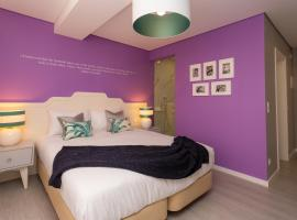 Foto do Hotel: Chic Flats and Suites